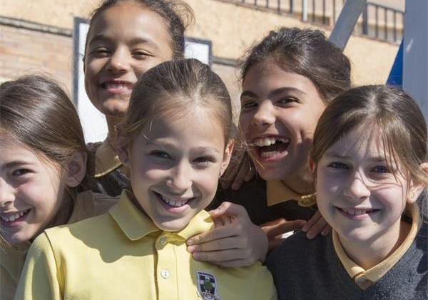 巴塞罗那橡树屋国际学校